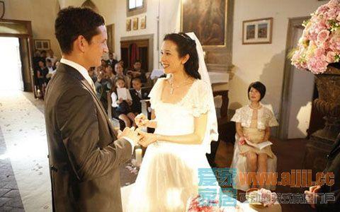 嫁给高帅富洋老公的10大女星