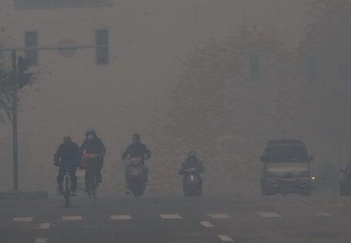 """雾霾阵痛让全民""""觉醒 """" 节能环保型吸油烟机成厨房标配"""