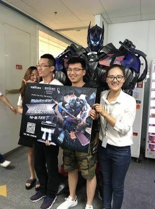 """厨电品牌电商营销玩法升级京东总部惊现""""华帝汽车人"""""""