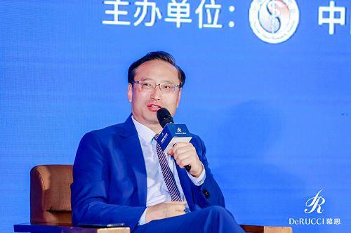 """6月12日,慕思寝具联合中国睡眠研究会举办的""""新睡眠・新经济――2019世界除螨日暨慕思M2 PLUS新闻发布会""""在北京隆重举行。"""